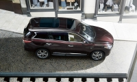 The popular 3-row / 7-passenger Infiniti QX60 is designed to push the boundaries of what a luxury crossover can be. Its unique features include exceptional seating flexibility and easy access to the roomy 3rd row (without having to remove a 2nd row child seat). Available advanced technology includes Infiniti Connection and Backup Collision Interventionô (BCI) system.