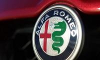 Alfa-Romeo-Stelvio-2018-17