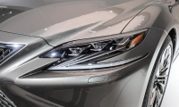 Lexus-LS-2018-13