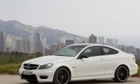 W204 Mercedes-Benz 6