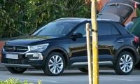 Volkswagen-T-Roc-2018-13