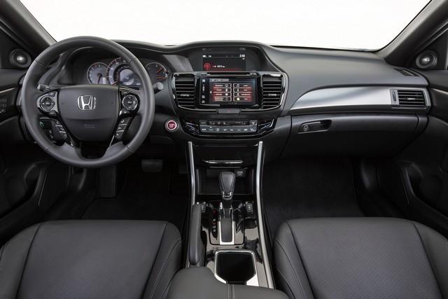 хонда аккорд 2016 интерьер