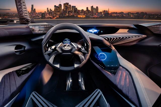 Футуристический Lexus