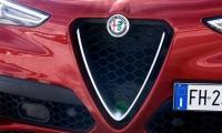 Alfa-Romeo-Stelvio-2018-11