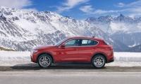 Alfa-Romeo-Stelvio-2018-9