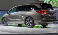 Honda-Odyssey-2017-2018-15