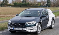 Opel-Insignia-Country-Tourer-2018-6