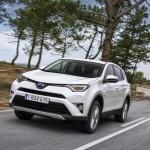 Тойота РАВ 4 2017 – Выходец швейной фабрики
