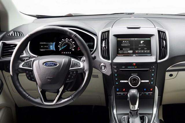 интерьер Ford