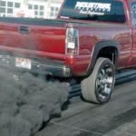 Причины черного дыма из выхлопной трубы