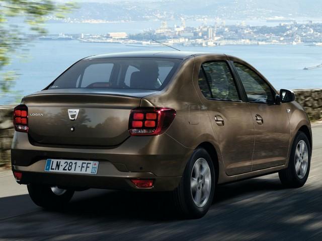 Задние фонари Dacia Logan