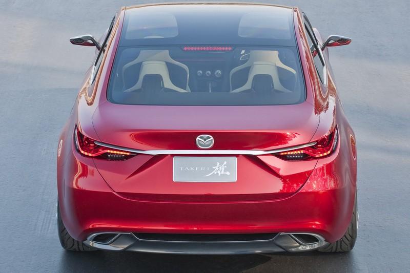 Mazda 6 сзади