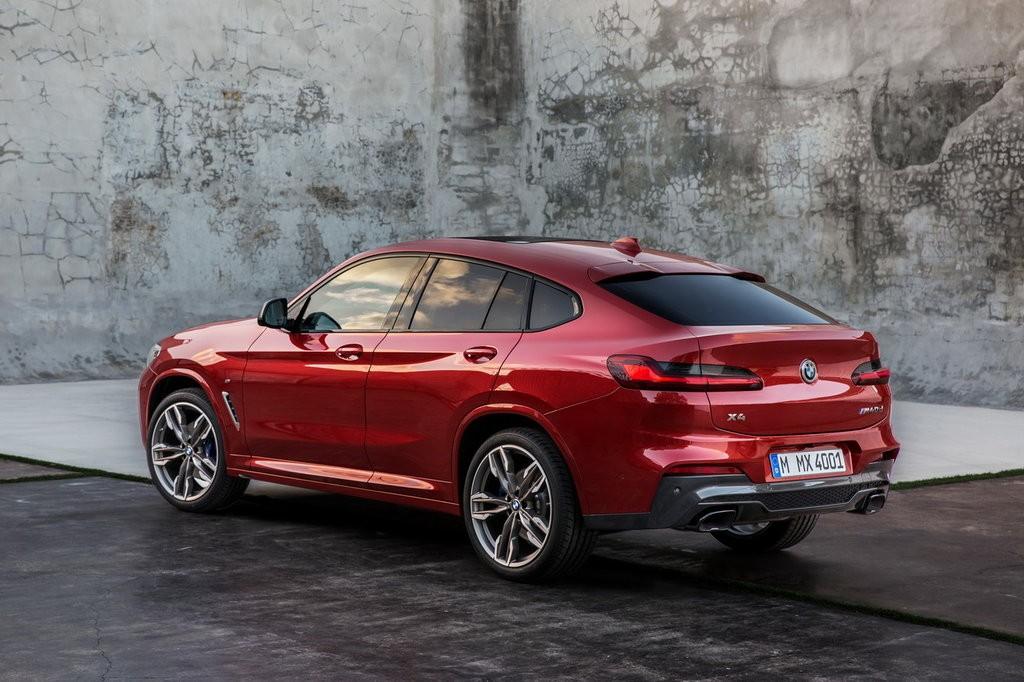 Красный G01 от BMW