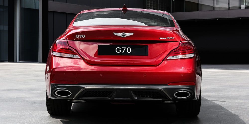 вид сзади G70